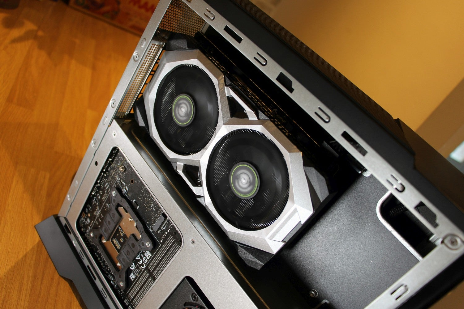 MSI Trident A 04