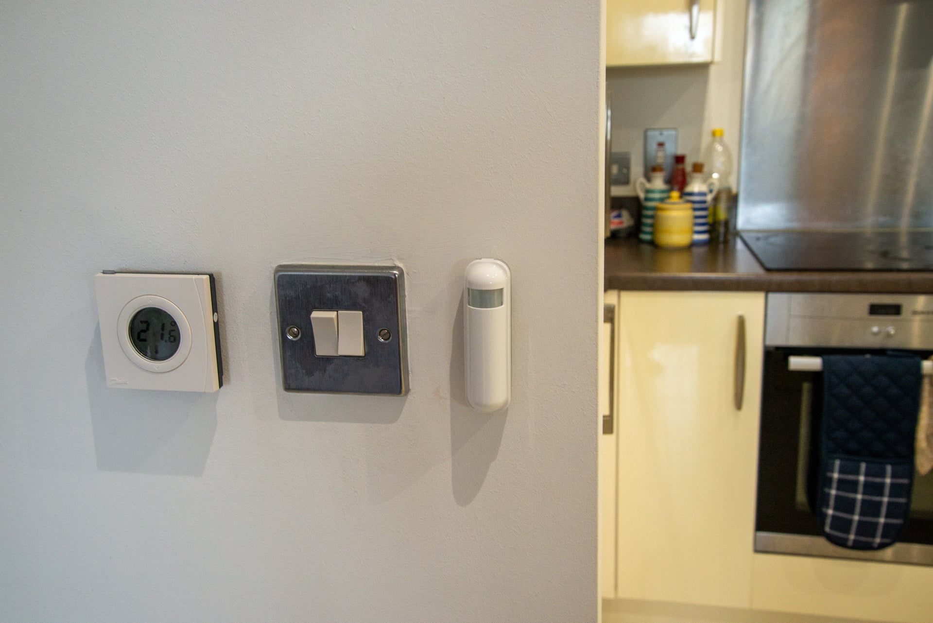 Danfoss thermostat Smart Valve Works With Samsung Smartthings Hub