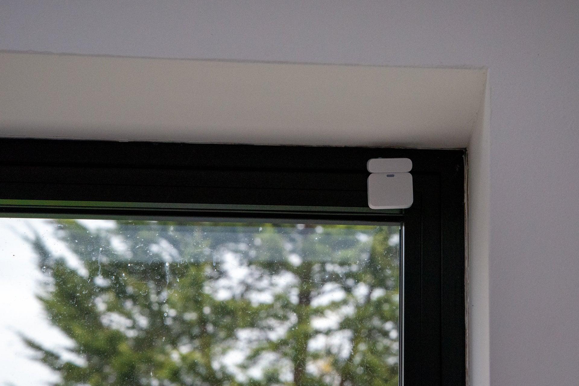 SimpliSafe contact sensor