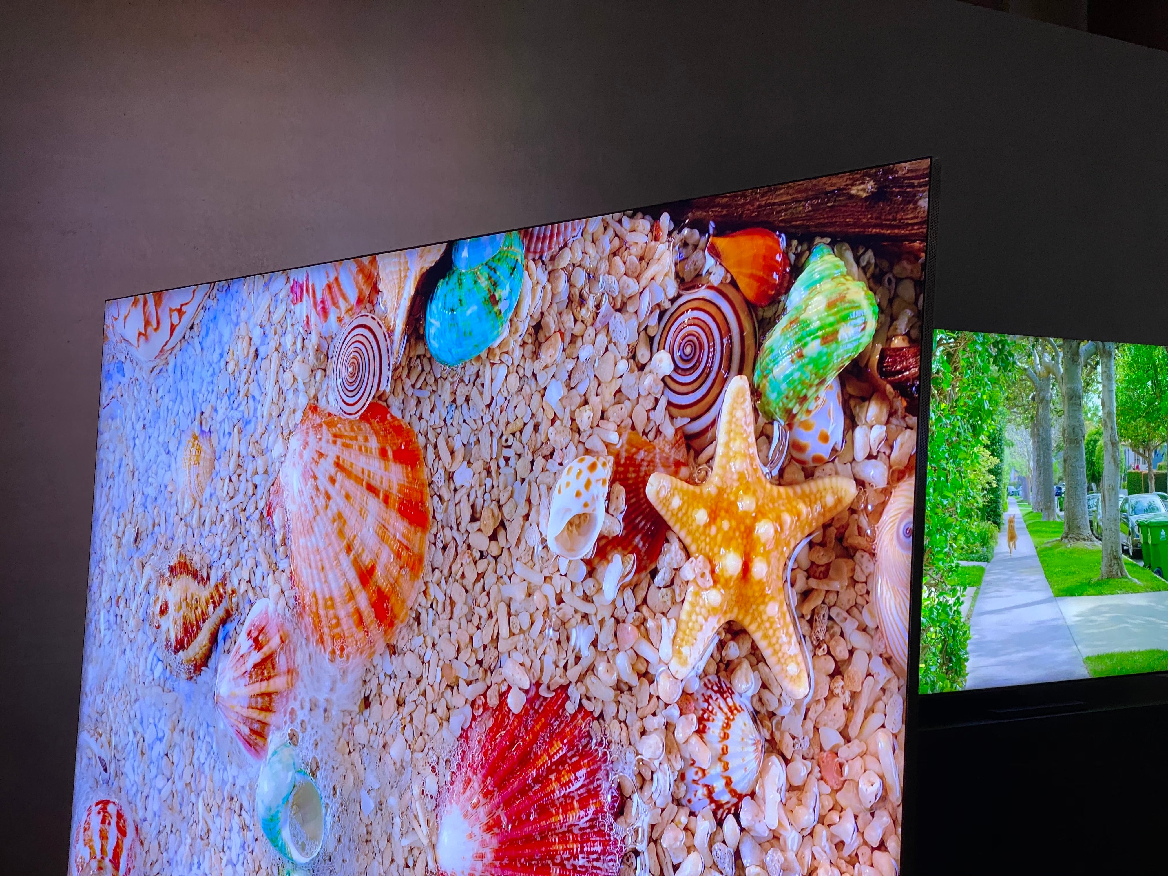 We Ve Seen Samsung S Bezel Free 8k Q950ts At Ces And It S