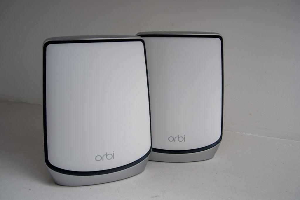 Лучший роутер 2020 - Netgear Orbi Wifi 6