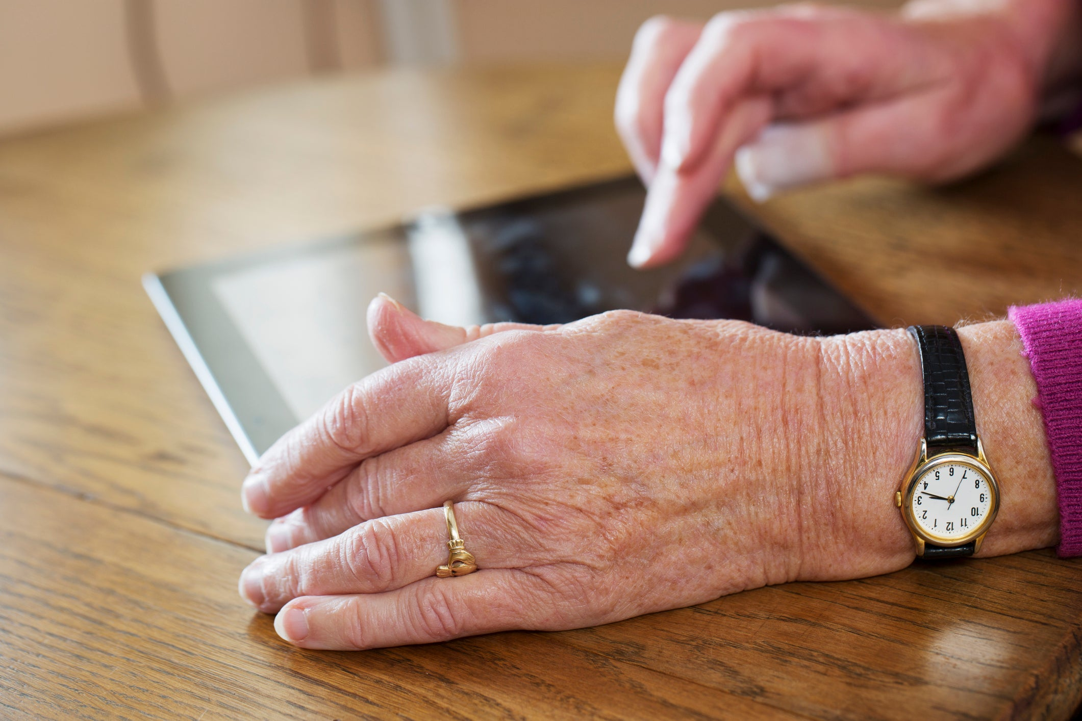 Top tech to help you stay in touch with elderly relatives
