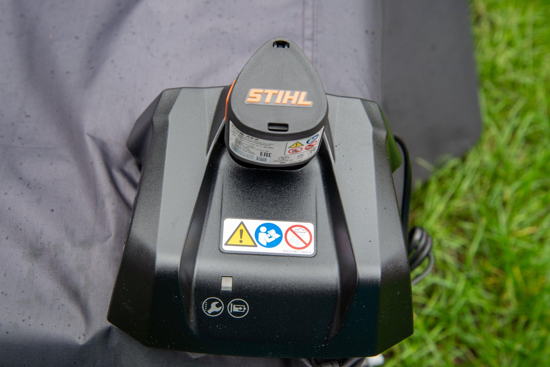 Stihl GTA 26 battery charger