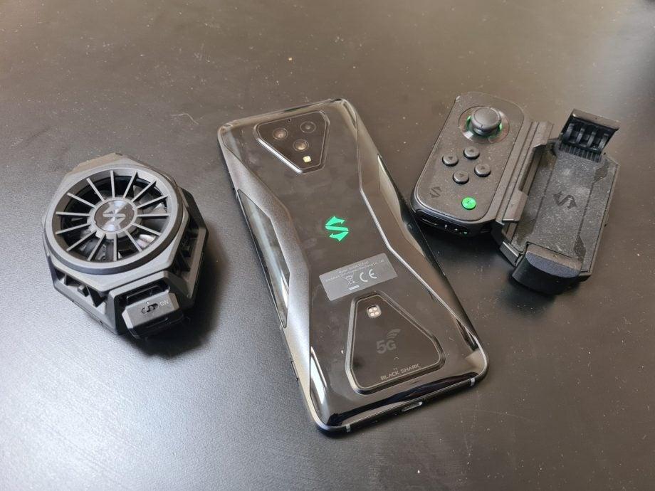 Xiaomi-black-shark-3