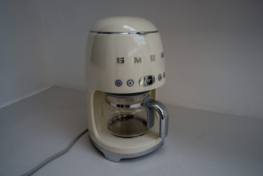 Smeg DCF02 Drip Filter Coffee Machine hero