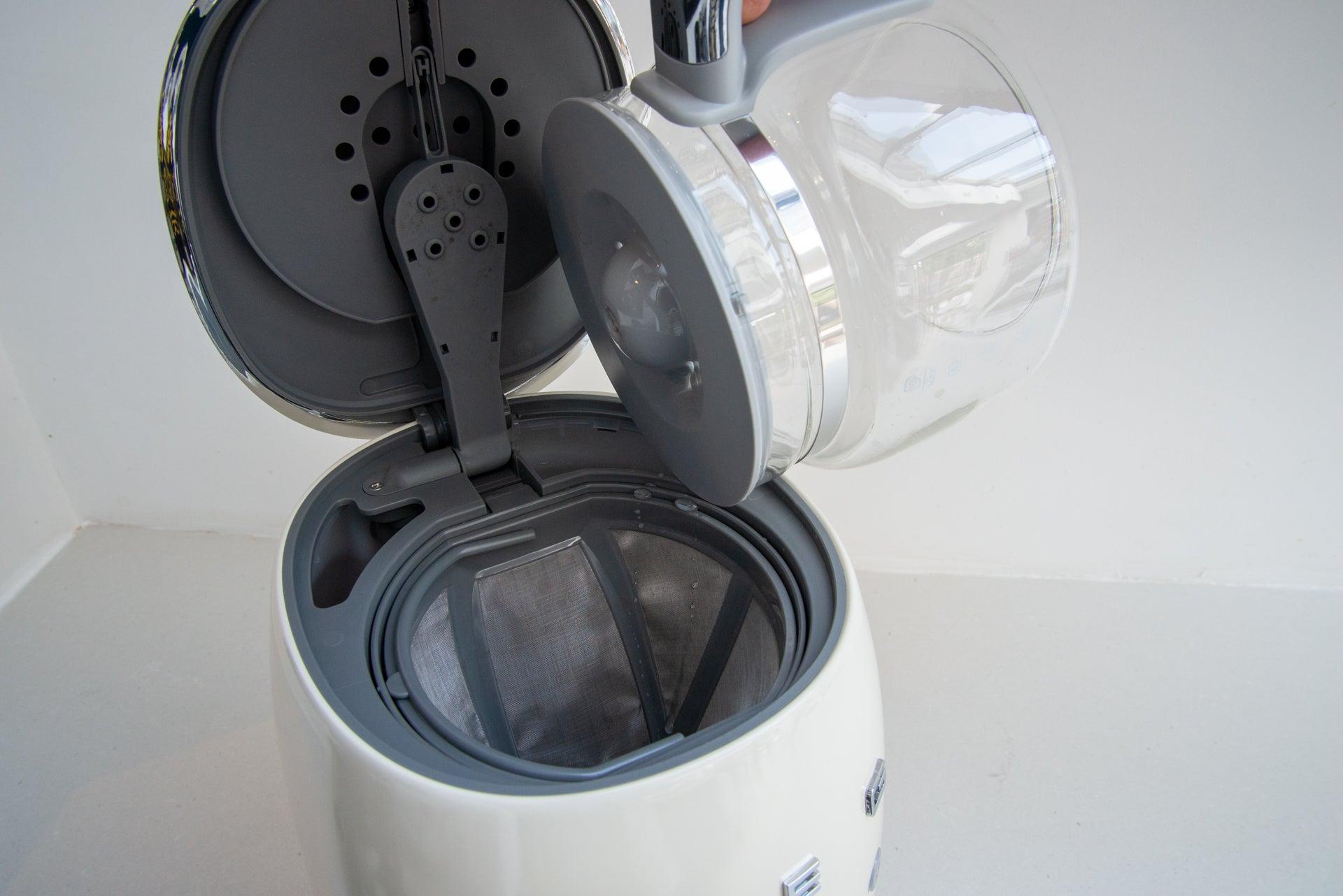 Smeg DCF02 Drip Filter Coffee Machine adding water