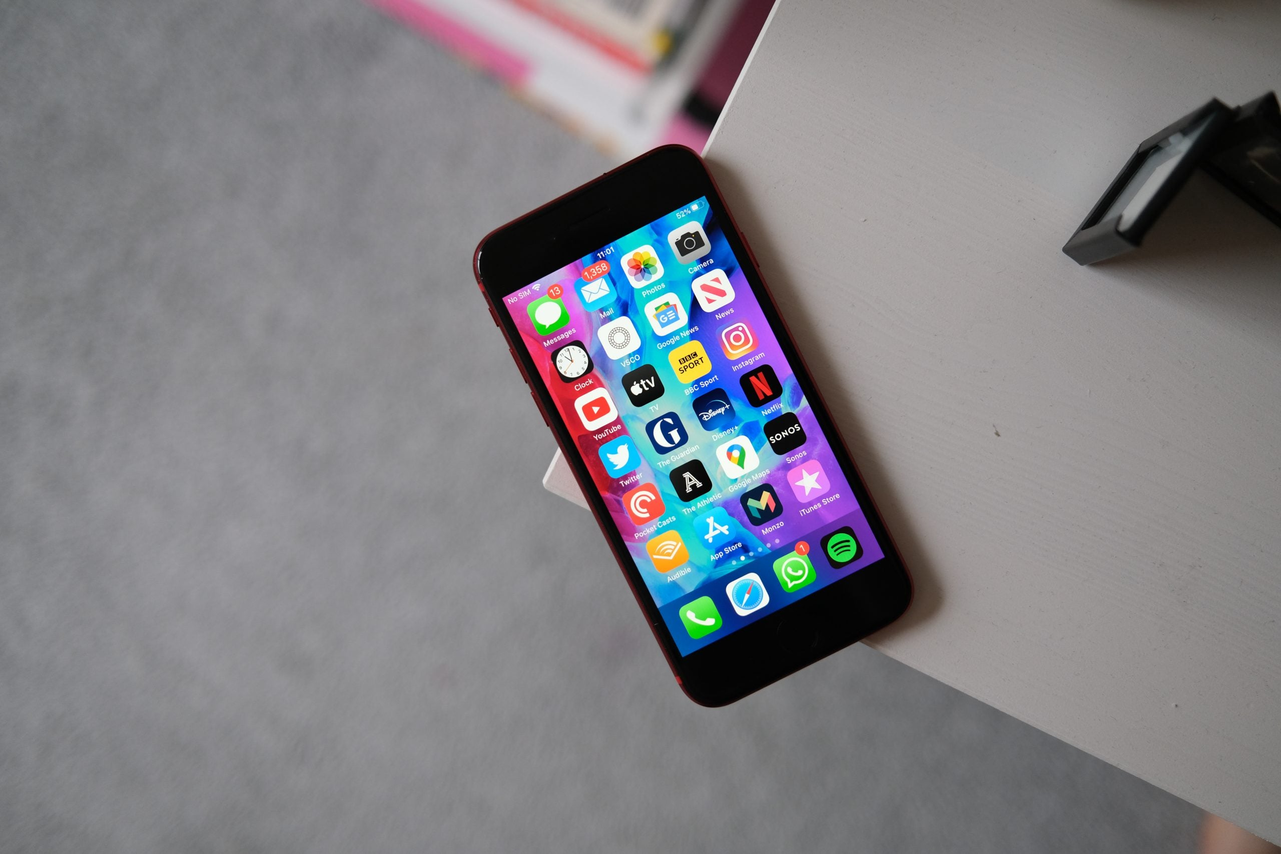 How to take a screenshot on iPhone  Trusted Reviews