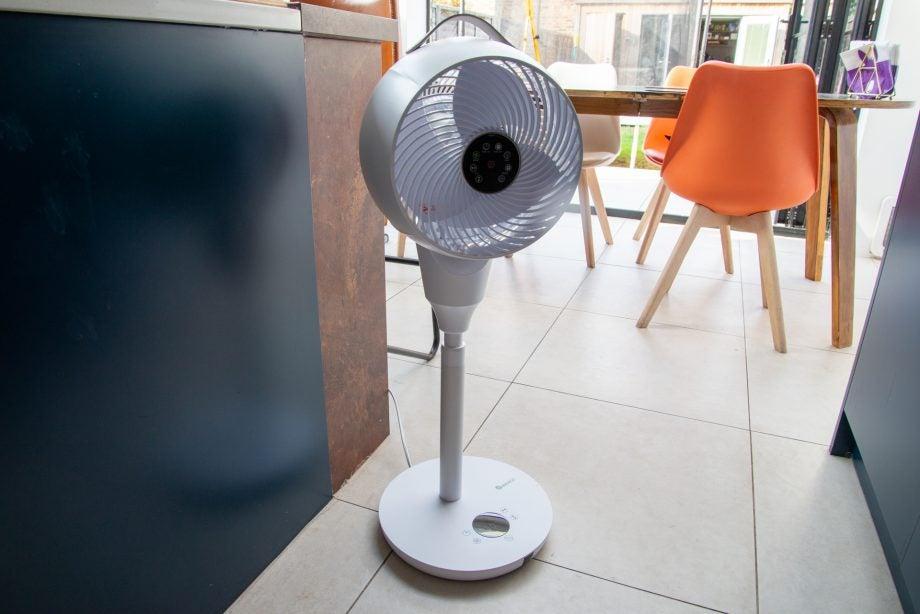 MeacoFan 1056 Pedestal Air Circulator hero