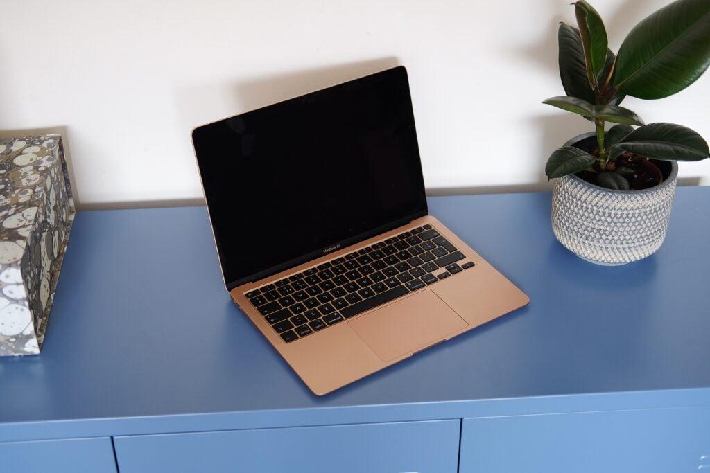 Best MacBook _ MacBook Air 2020