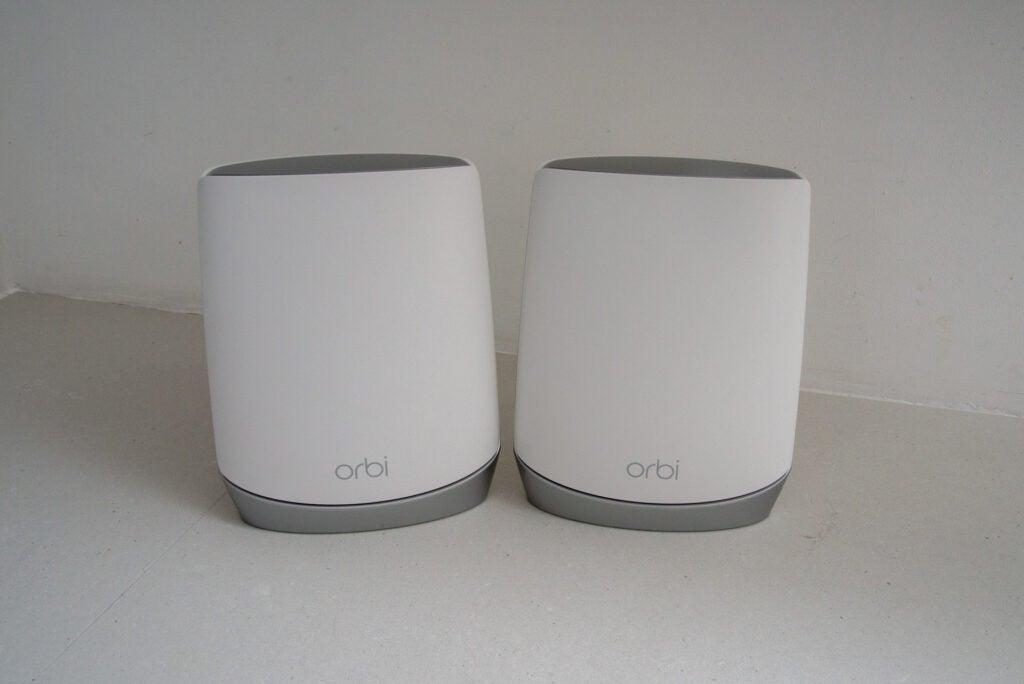 Herói do sistema Netgear Orbi Wifi 6 (RBK752)