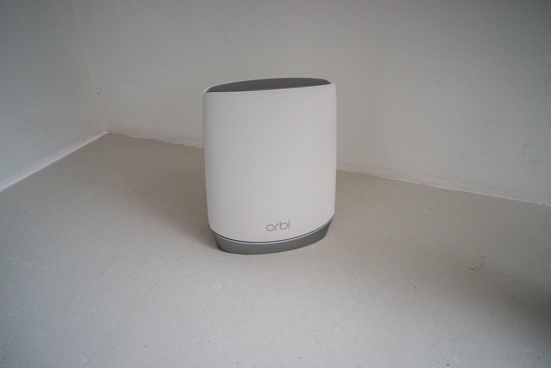 Netgear Orbi Wifi 6 System (RBK752) router
