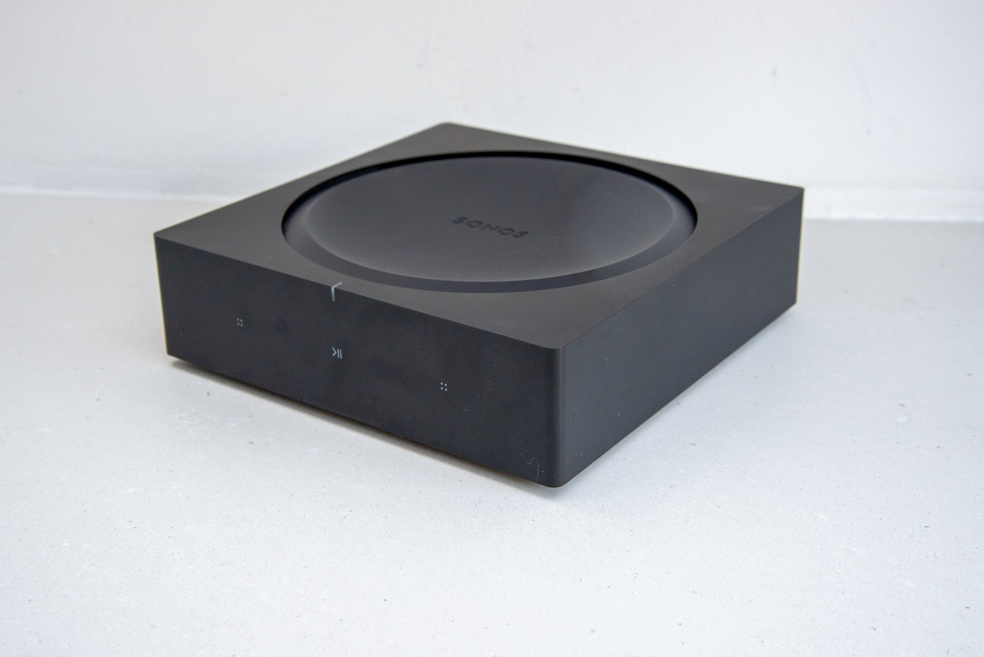 Sonos Amp side view