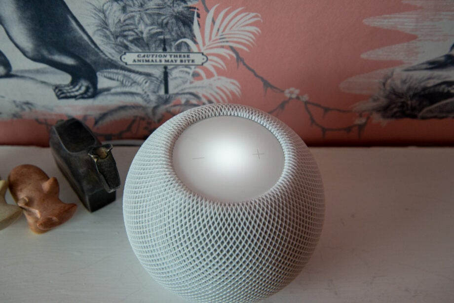 Apple HomePod Mini top