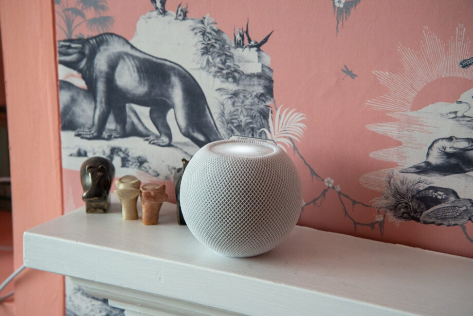 Apple HomePod Mini side