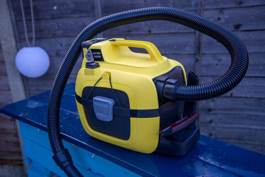 Karcher Wet & Dry WD1 Battery Vacuum hero