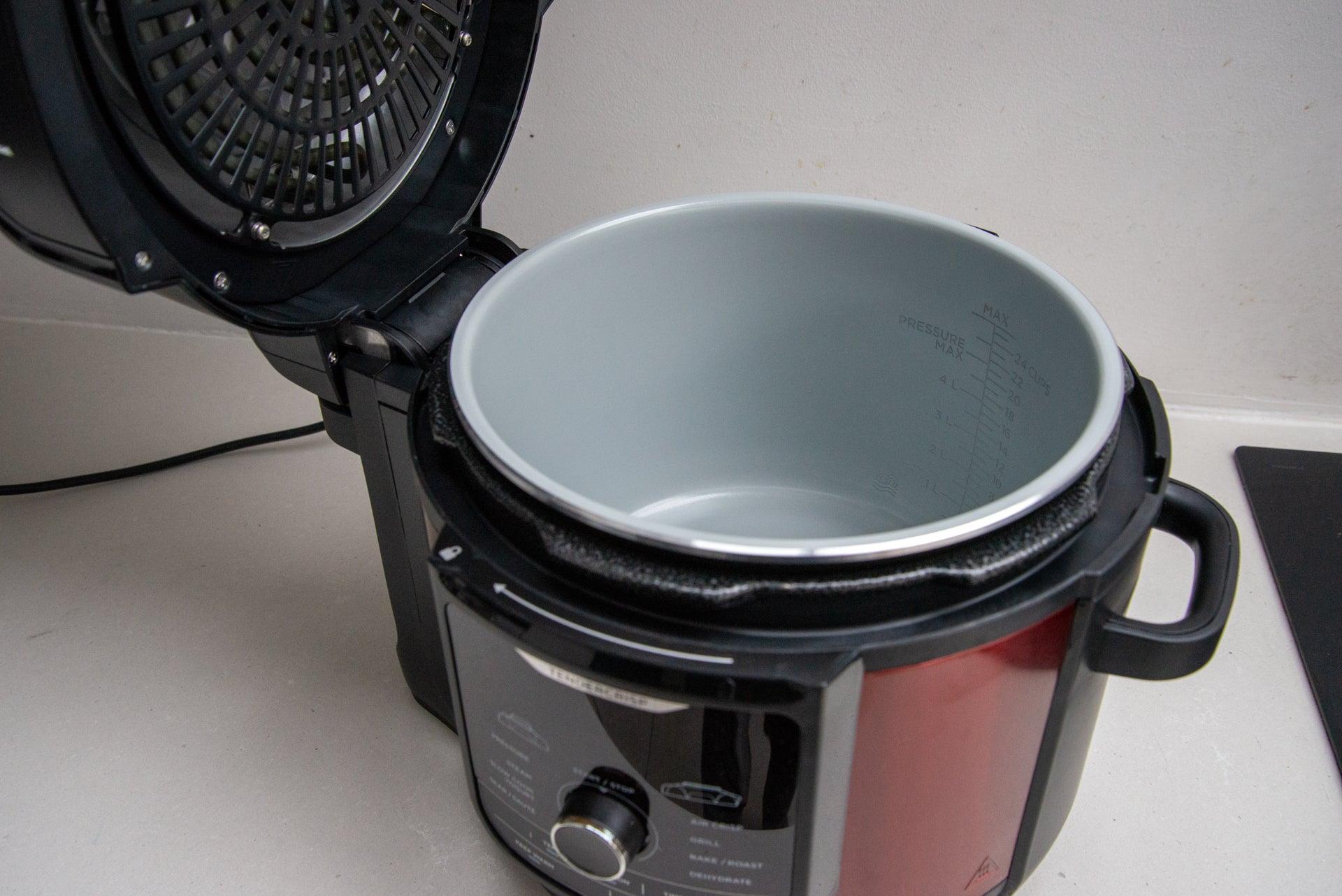 Ninja Foodi MAX OP500UKDB cooking pot