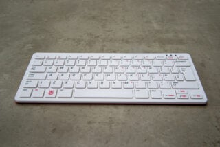 Raspberry Pi 400 hero