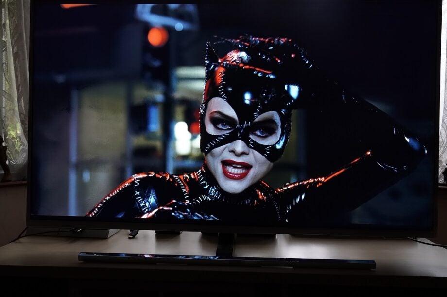 Batman Returns 4K on Philips 50PUS8545 TV