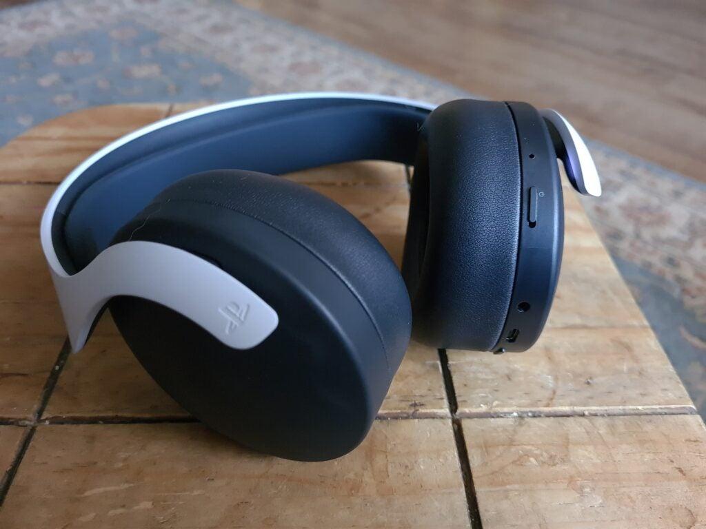 Pulse 3D -kuulokkeet