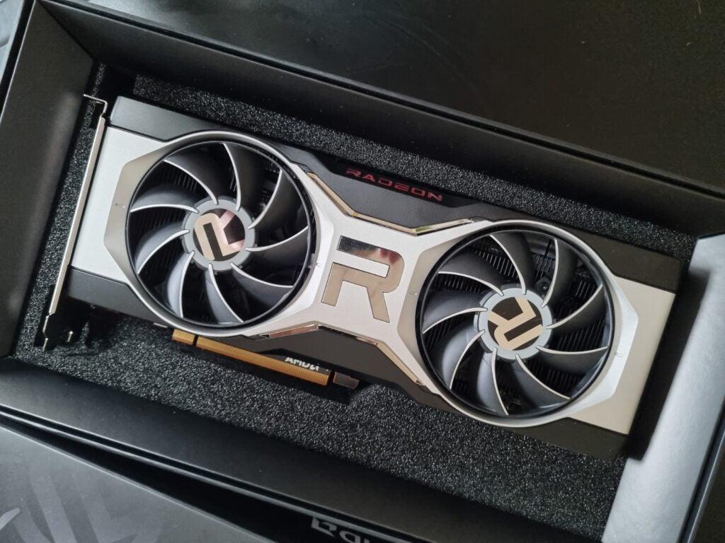 AMD Radeon RX 6700 XT box