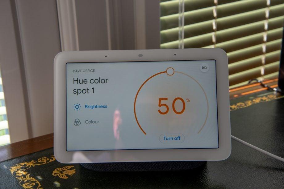 Google Nest Hub (2nd gen) light control