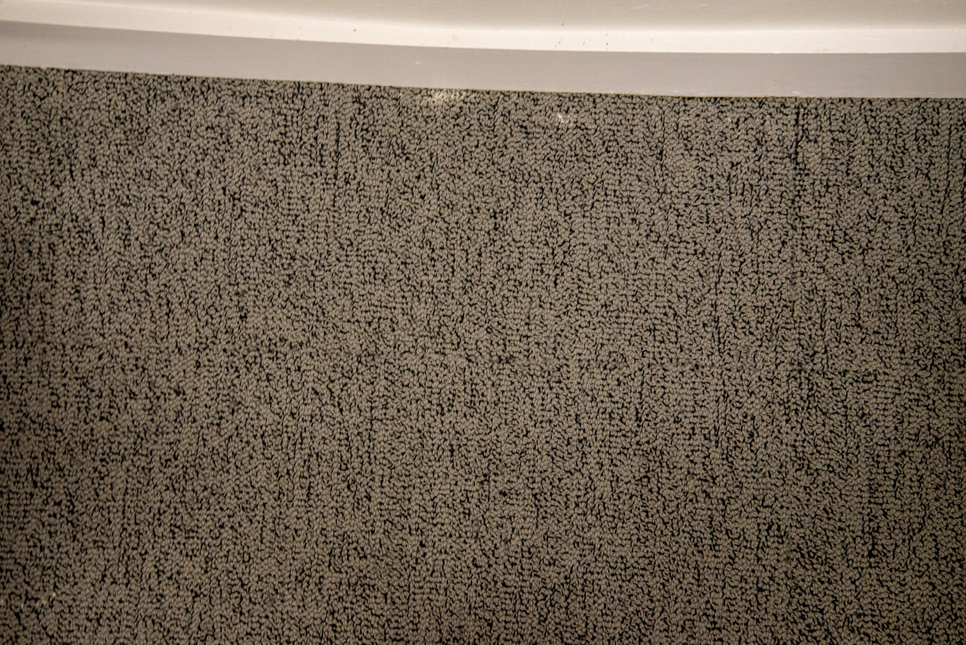 Hoover H-Free 300 dirty edge cleaned on Turbo