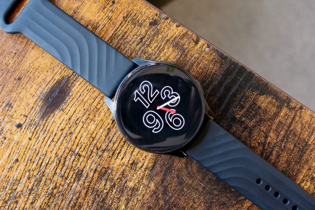 Hands on: OnePlus Watch – Big and a bit boring