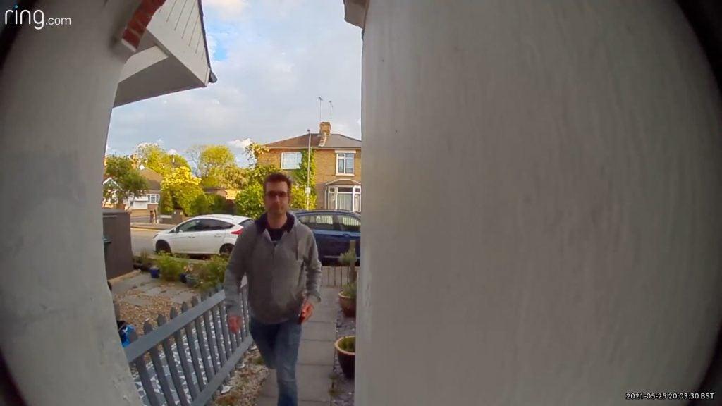 Ring Video Doorbell 4 daylight sample