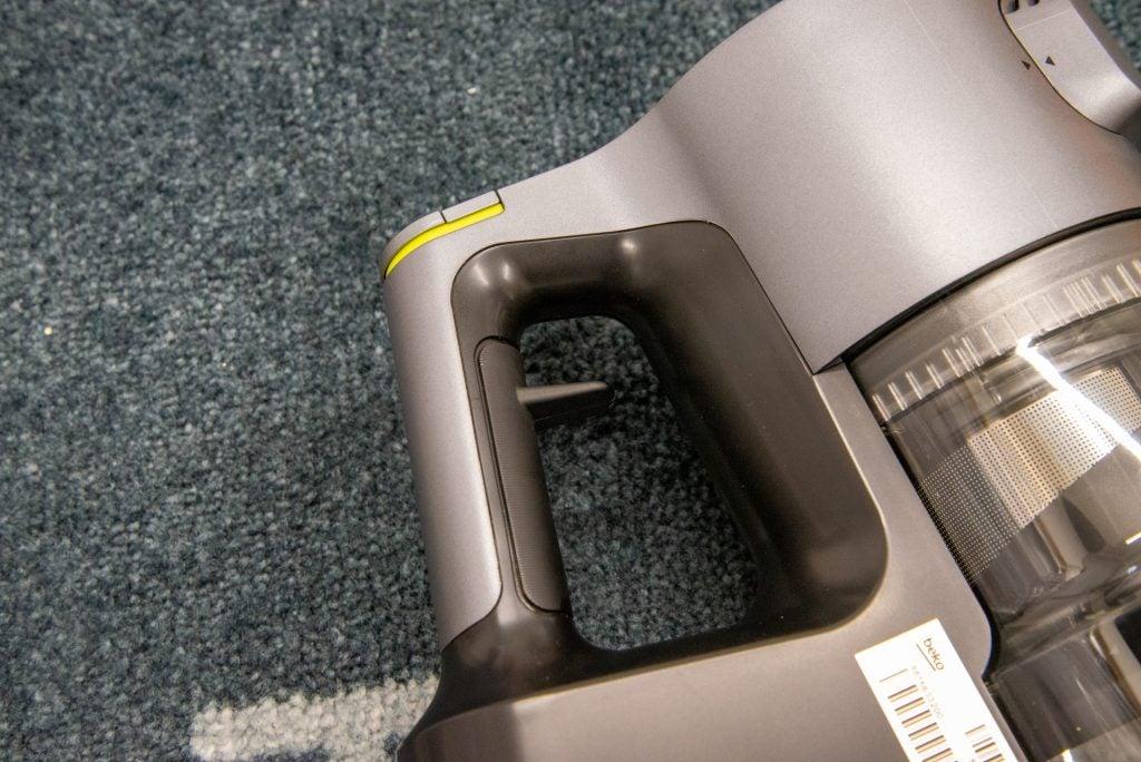 Beko PowerClean Cordless Vacuum Cleaner VRT94929VI hand grip
