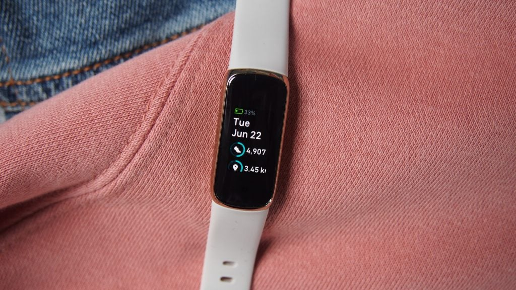 Fitbit Luxe fitness health data