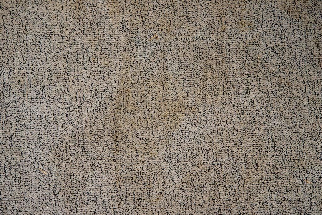 Karcher SE 4001 грязная ковровая плитка