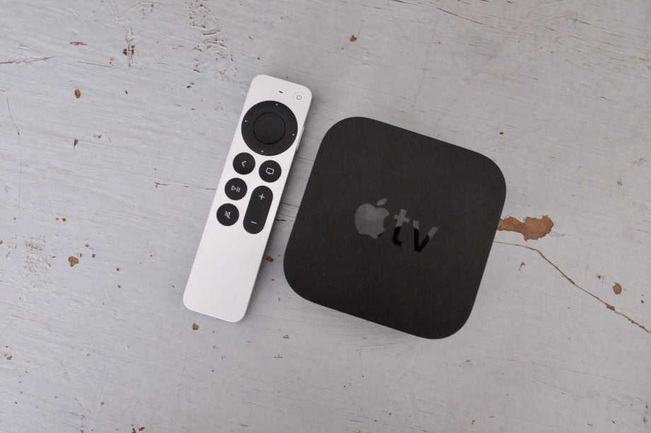 Apple tv 4k 2021 remote and box