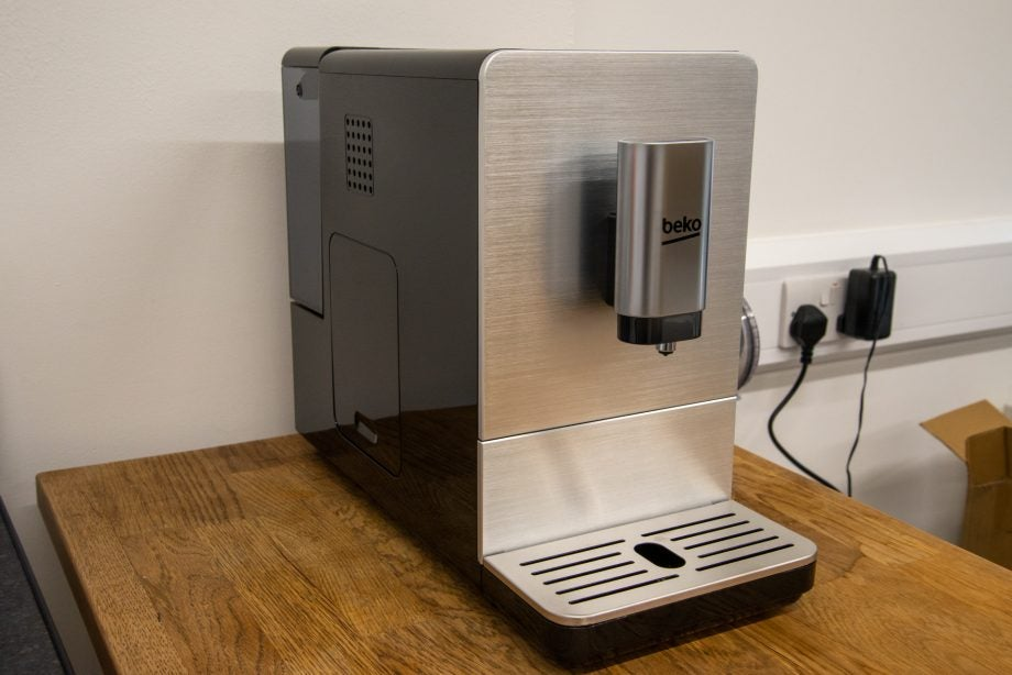Beko Bean To Cup Coffee Machine CEG5301 hero