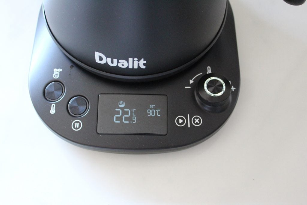 Dualit Pour Over Kettle display