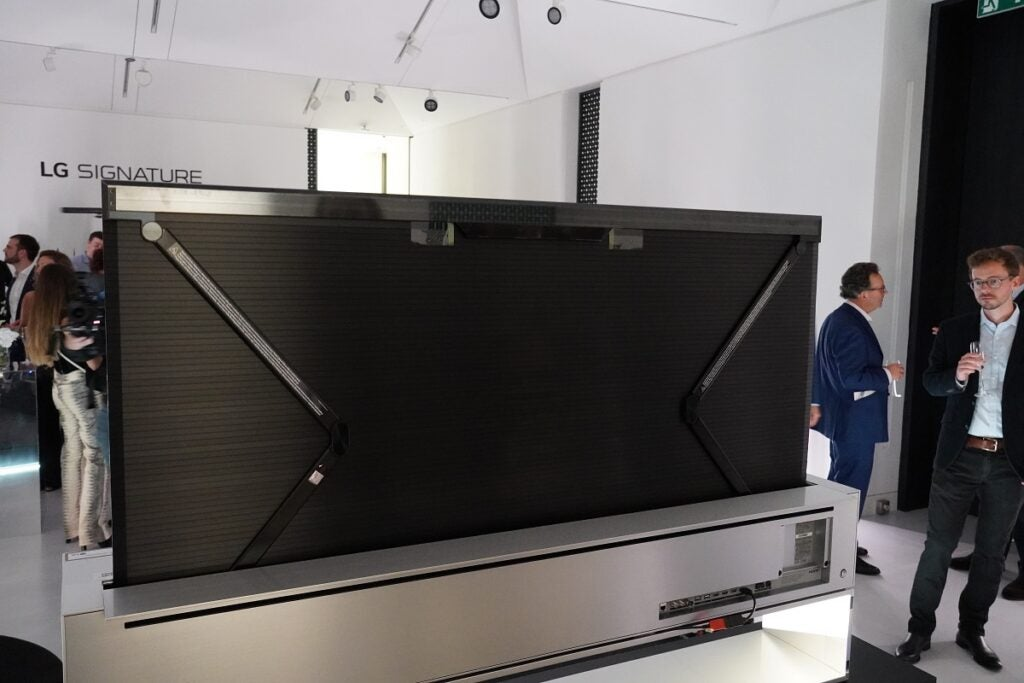 LG Signature OLED R rear panel