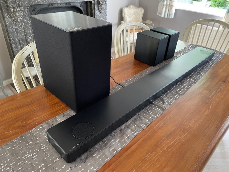 LG SP11RA with woofer