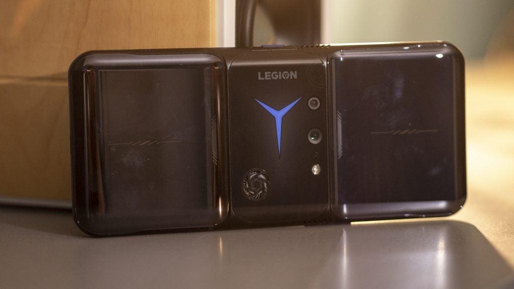 Lenovo Legion Phone Duel 2 back on the side