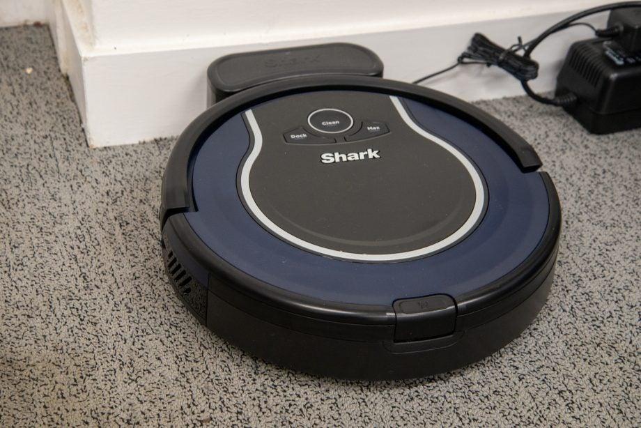 Shark ION Robot Vacuum hero