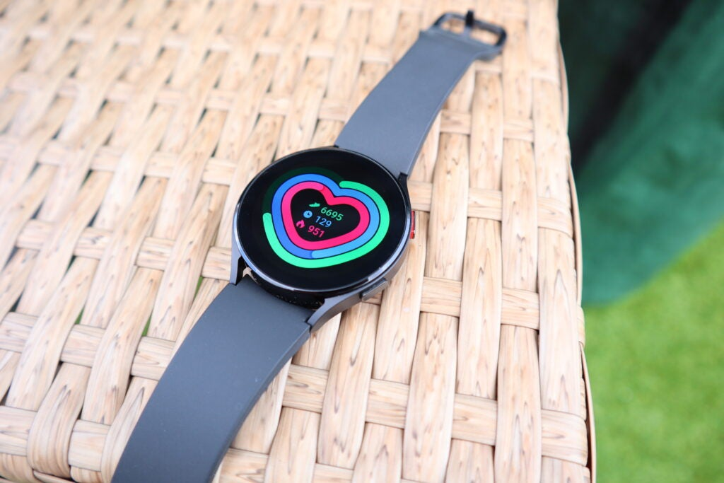 A quick glance at your daily fitness metrics on the Galaxy Watch 4
