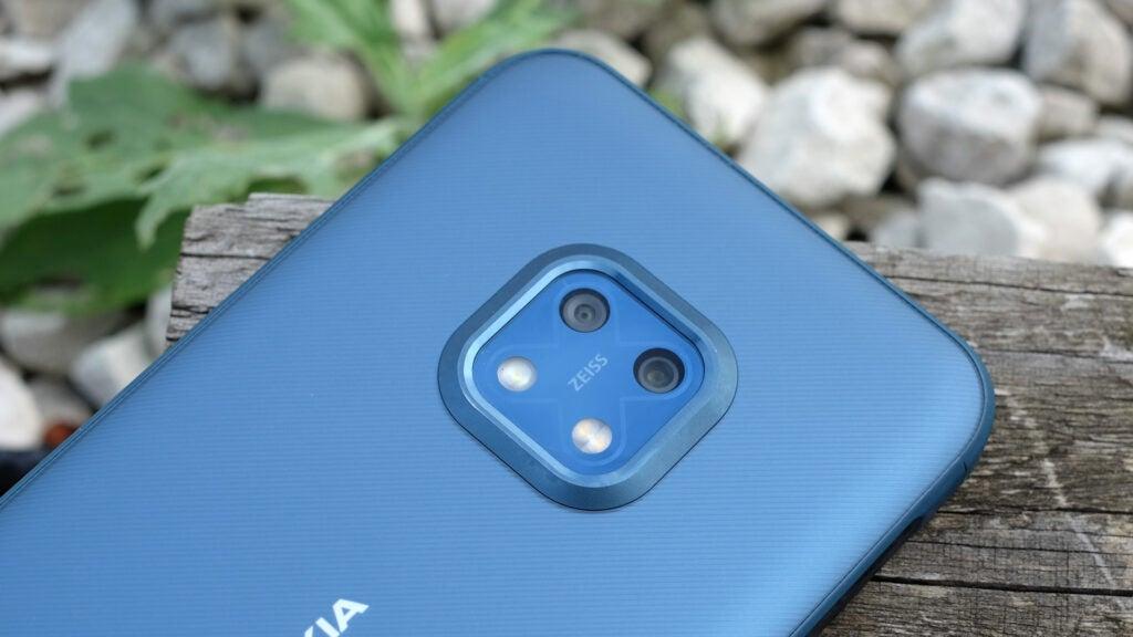Модуль камеры в Nokia XR20