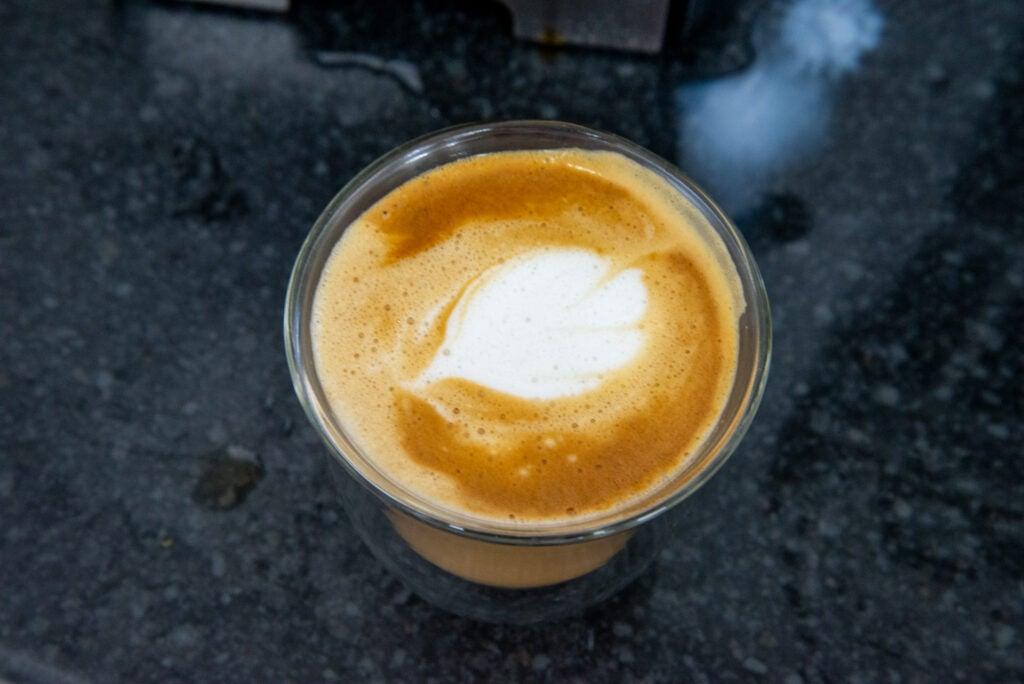 Beko Espresso Coffee Machine CEP5152 cappuccino