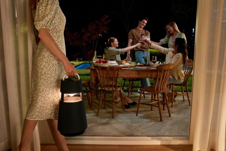 LG XBOOM 360 Charcoal Black