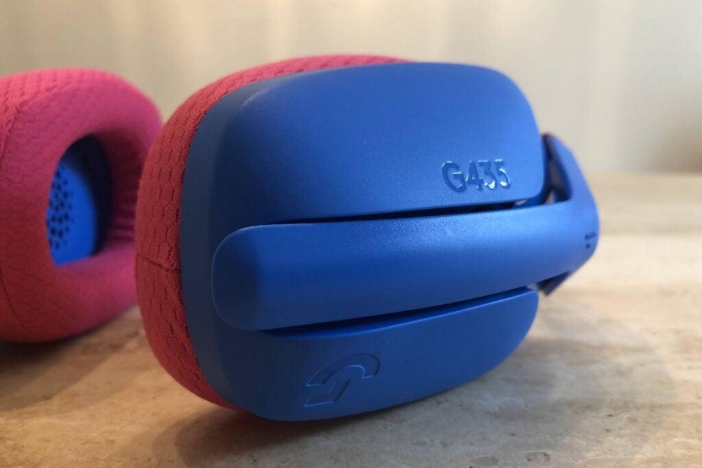 Logitech G435 earcup