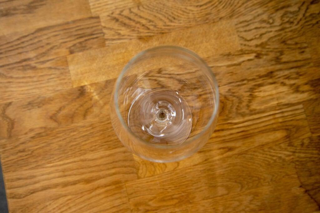 Miele G 7160 SCVi AutoDos clean wine glass