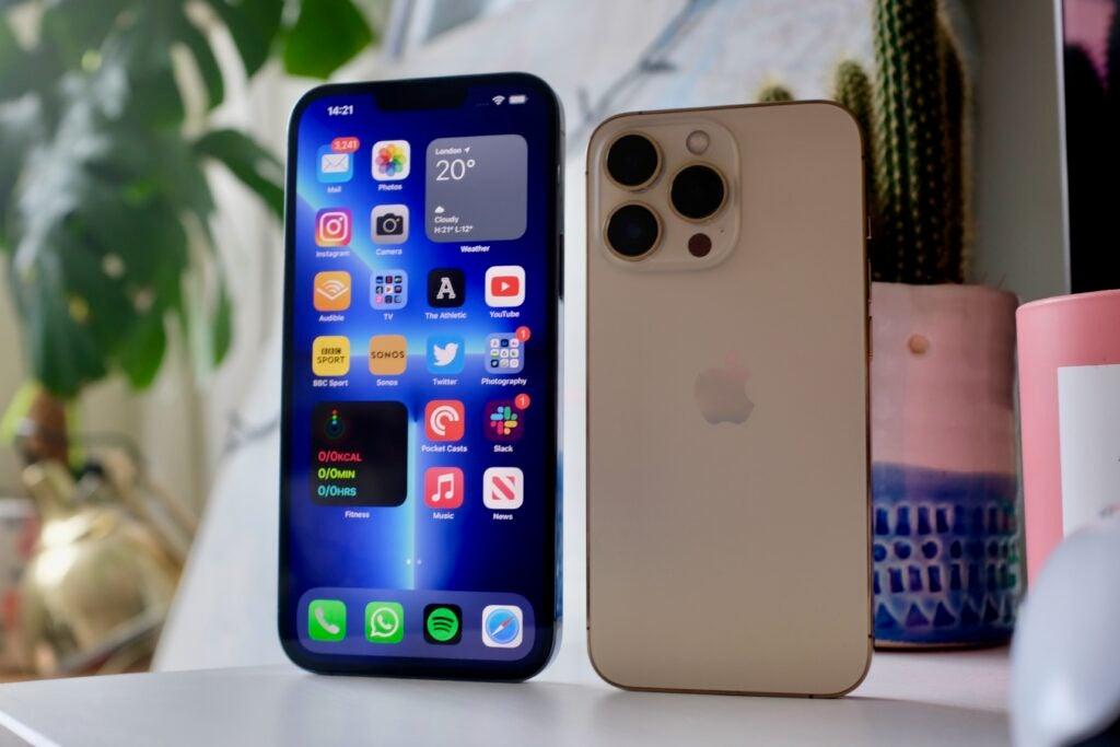 Both iPhone 13 Pro models