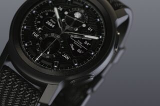 Moto Watch 100