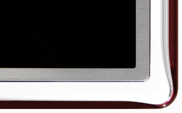 Samsung UE40D7000-bezel