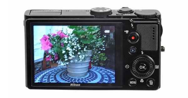 Nikon P300 3