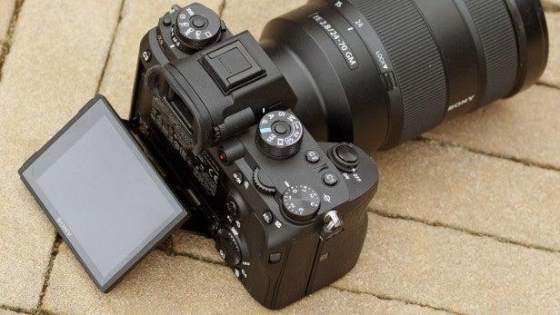 Sony Alpha 9 tilt LCD